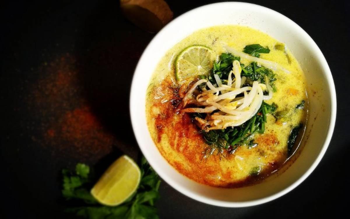 Zuppa Thai curry: una ricetta dalla tradizione thailandese