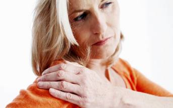 Osteoporosi, sbalzi di umore e menopausa