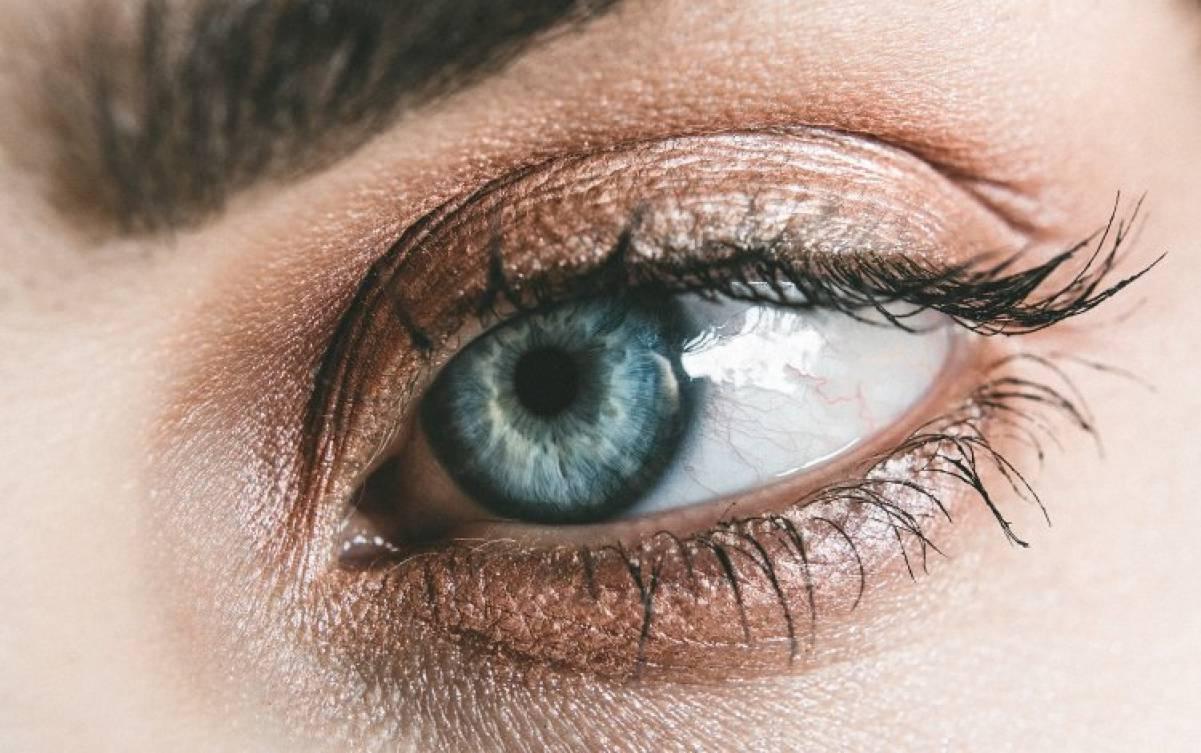 Occhi azzurri? Le caratteristiche costituzionali secondo l'iridologia