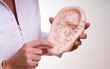 Riflessologia auricolare: una variante sorprendente delle tecniche riflesse