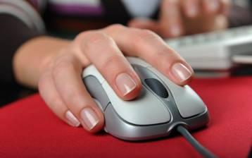 """Disturbi muscolari da """"scrivania"""": la combinazione vincente di riflessologia e osteopatia"""