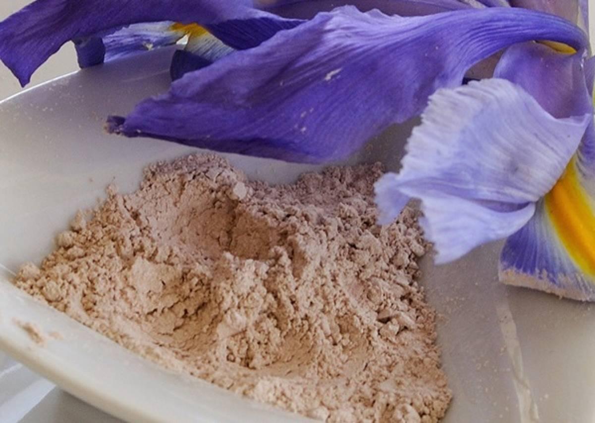 Talco all'argilla rosa homemade