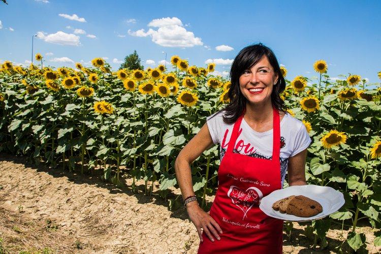 """Presentazione del libro: """"Amarsi cucinando sano - Le ricette romagnole della nonna rivisitate in chiave salutista"""""""