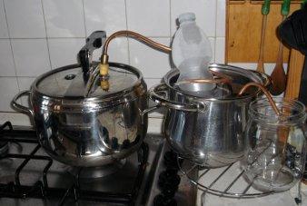 Distillazione a vapore in casa