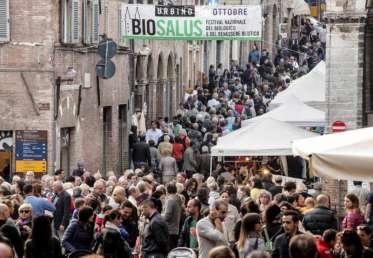 Biosalus Festival: tutte le novità dell'imperdibile appuntamento con il Biologico e Benessere Olistico